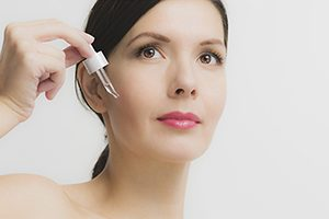 The Expert Guide to Skin Serums